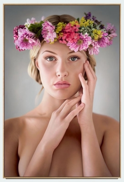 <strong> Anna Halldin-Maule</strong> Midsommar